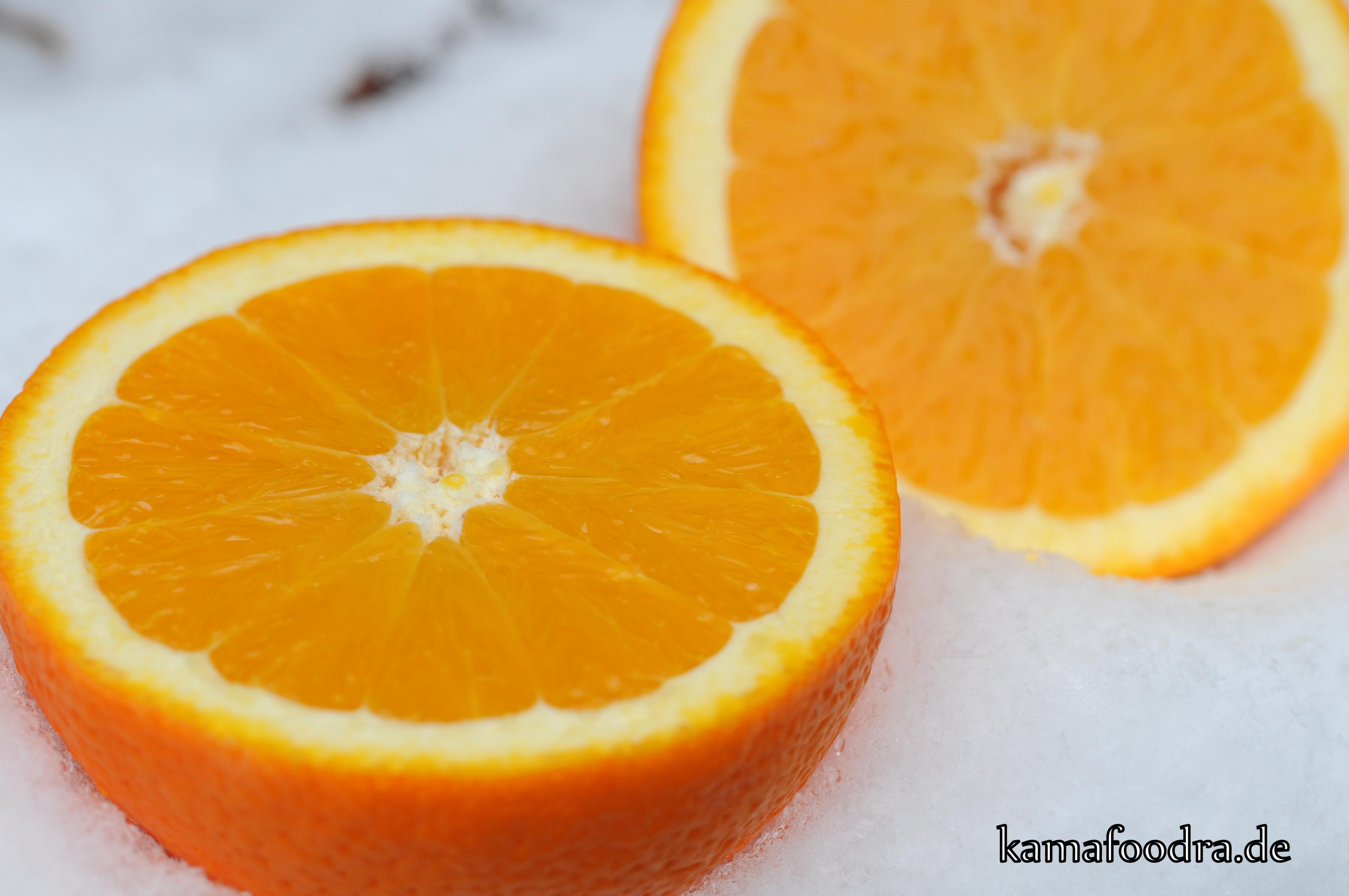 Orange_aufgeschn